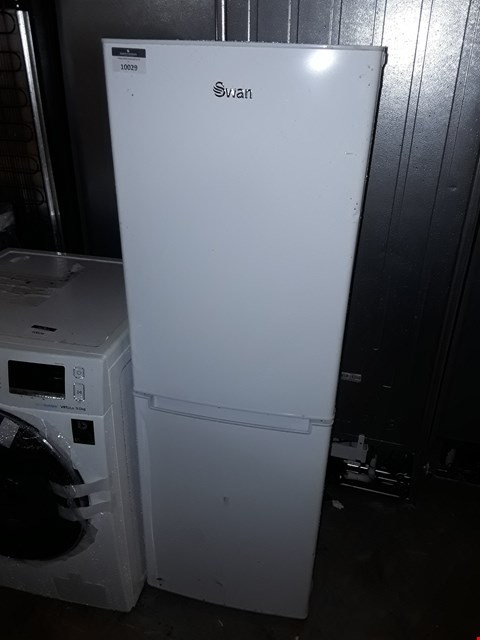 Lot 10029 SWAN SR8180W 50/50 FRIDGE FREEZER IN WHITE
