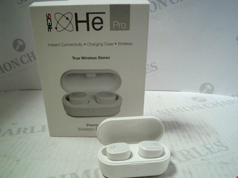 Lot 5646 HE PRO TRUE WIRELESS STEREO PREMIUM EARBUDS