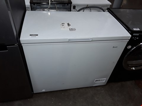 Lot 11050 SWAN SR4170W 192L CHEST FREEZER IN WHITE