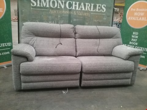 Lot 26 QUALITY BRITISH MADE HARDWOOD FRAMED GREY FABRIC RECLINING 2 SEATER SOFA