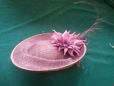 Lot 8595 BRAND NEW NIGEL RAYMENT PURPLE HAT