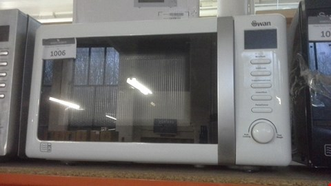 Lot 1006 SWAN SM22060 20L MICROWAVE WITH GRILL WHITE RRP £129.99