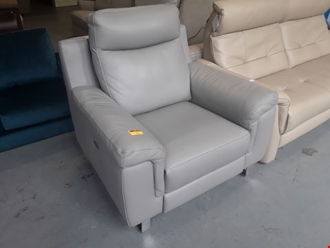 Lot 135 QUALITY DESIGNER ITALIAN GUIDO GREY LEATHER POWER RECLINING EASY CHAIR