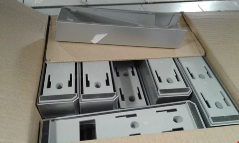 Lot 78 A BOX OF APPROXIMATELY 40 WII STANDS
