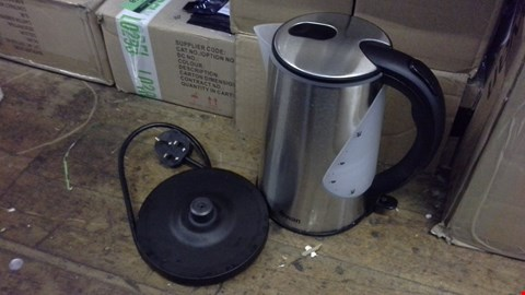 Lot 368 SWAN SK13120 KETTLE STAINLESS STEEL  RRP £39.00