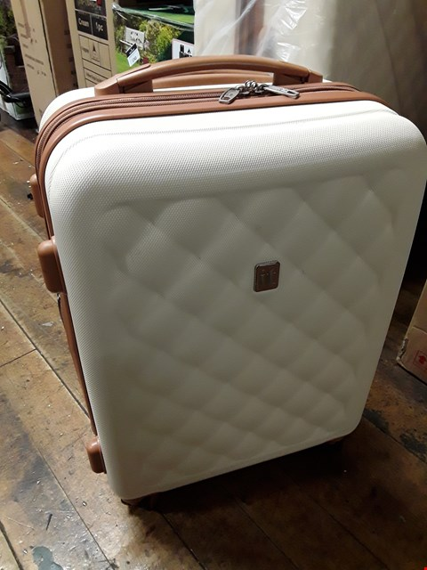 Lot 1781 BRAND NEW FASHIONISTA 8 WHEEL HARD SHELL SINGLE EXPANDER  TROLLEY MEDIUM CASE IN CREAM RRP £74.99