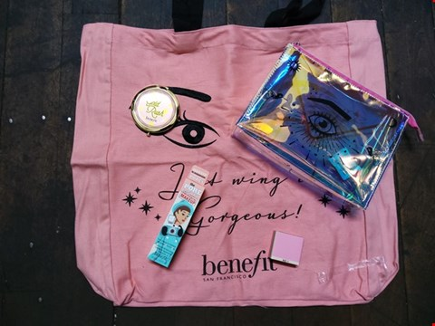 Lot 73 5 ASSORTED BRAND NEW BENEFIT BEAUTY PRODUCTS TO INCLUDE; PORE FESSIONAL PORE MINIMIZING MAKEUP, GOLD RUSH MIRROR, BOI ING AIR BRUSH CONCEALER, EYE LASH BAG AND TOTE BAG