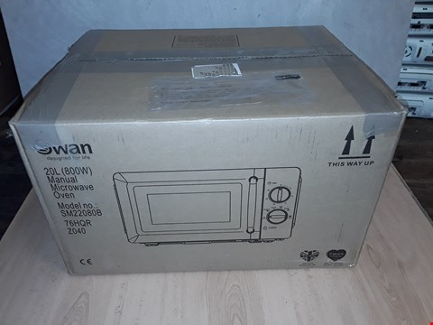 Lot 8098 SWAN MANUAL MICROWAVE OVEN SM22080B BLACK RRP £89.99