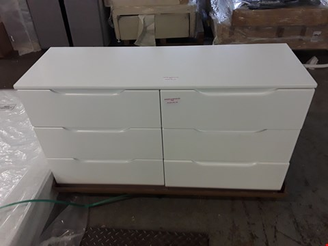 Lot 321 DESIGNER GLOSS WHITE 6 DRAWER CHEST
